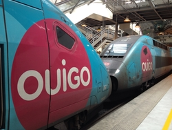 trains TGV OUIGO low cost France